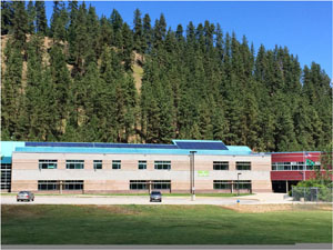 photo of completed solar project at Icicle River Middle School