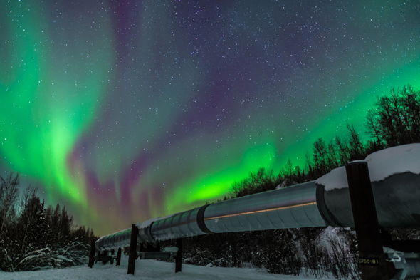Oil pipeline and Northern Lights