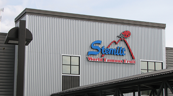 Photo of Stemilt sign at its headquarters